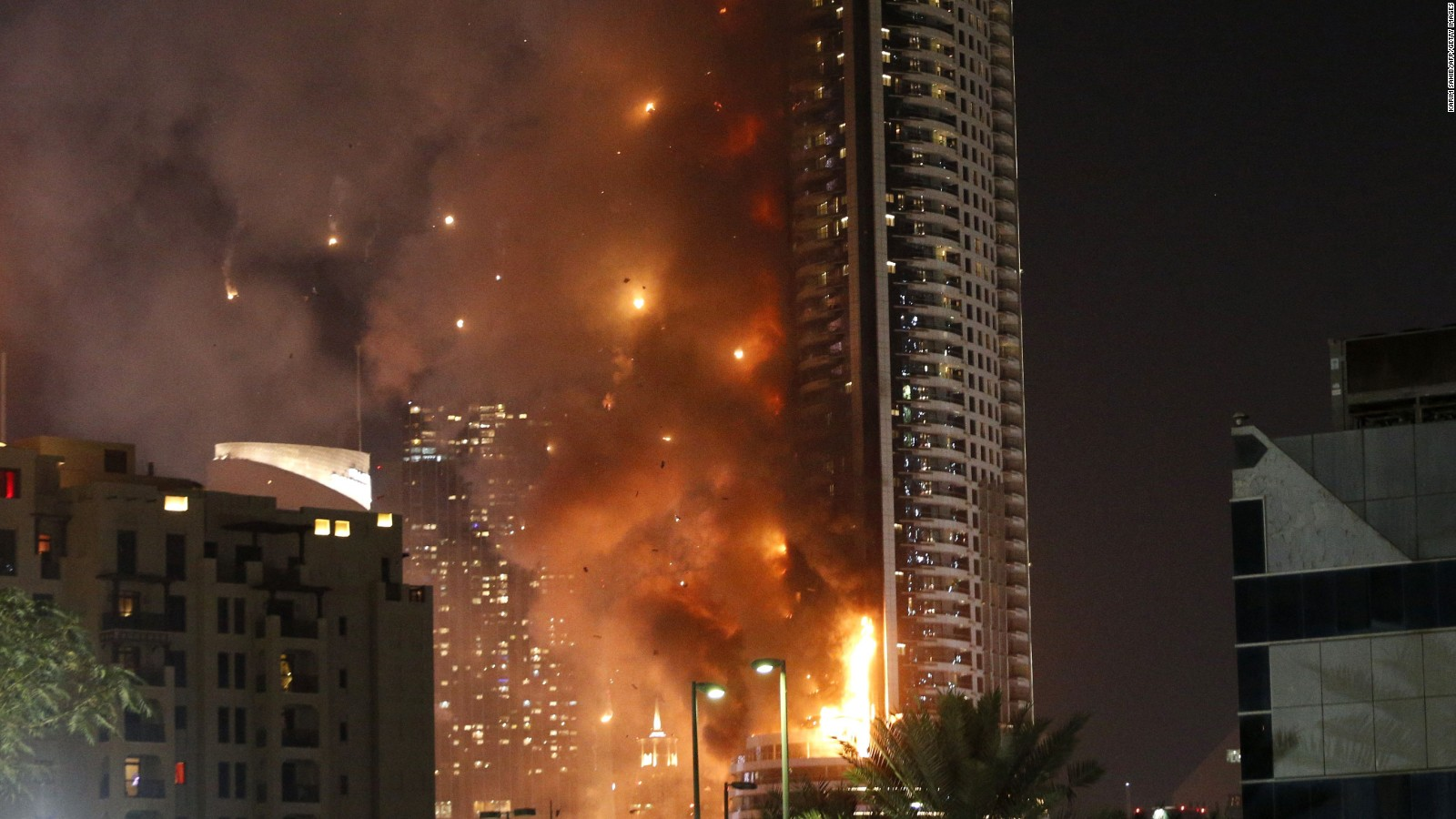 Fire rages at downtown Dubai's highrise