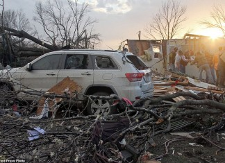 In deadly Christmas tornadoes