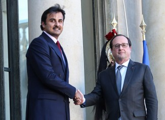 Emir, French President Hold Talks