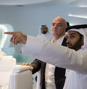 Gianni Infantino visits 2022 World Cup host Qatar