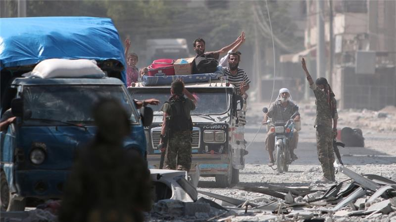 2,000 Isis hostages freed from Manbij