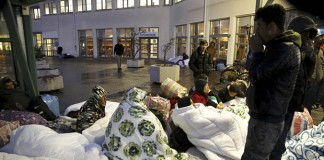 80,000 refugees may face expulsion