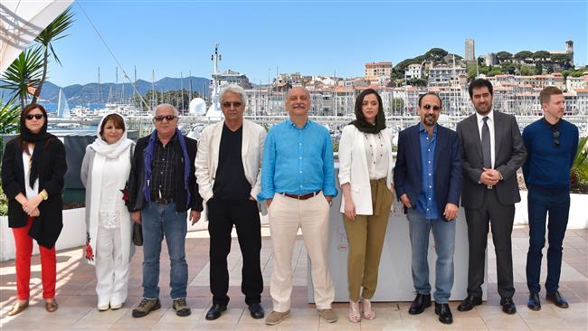 Asghar Farhadi, Shahab Hosseini awarded at Cannes