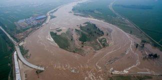 Heavy rain in China kills at least 87