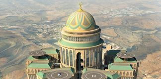 World's largest hotel to open in Mecca